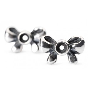 tagea-10003 Trollbeads Bow Earrings