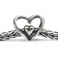 TAGBE-10202_Heart_to_Heart_chain