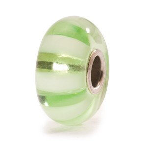 tglbe-10246 Trollbeads Light green stripe (Retired)
